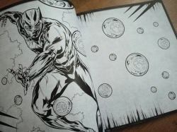 BLACK PANTHER - Deluxe colouring book